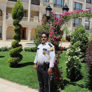 نگهبان مجتمع-مسکونی سیکاس یزد